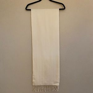 """Wool scarf, measured as approx. 12"""" x 72"""""""